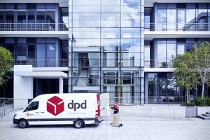 DPD_Van_Outside_KX_7002